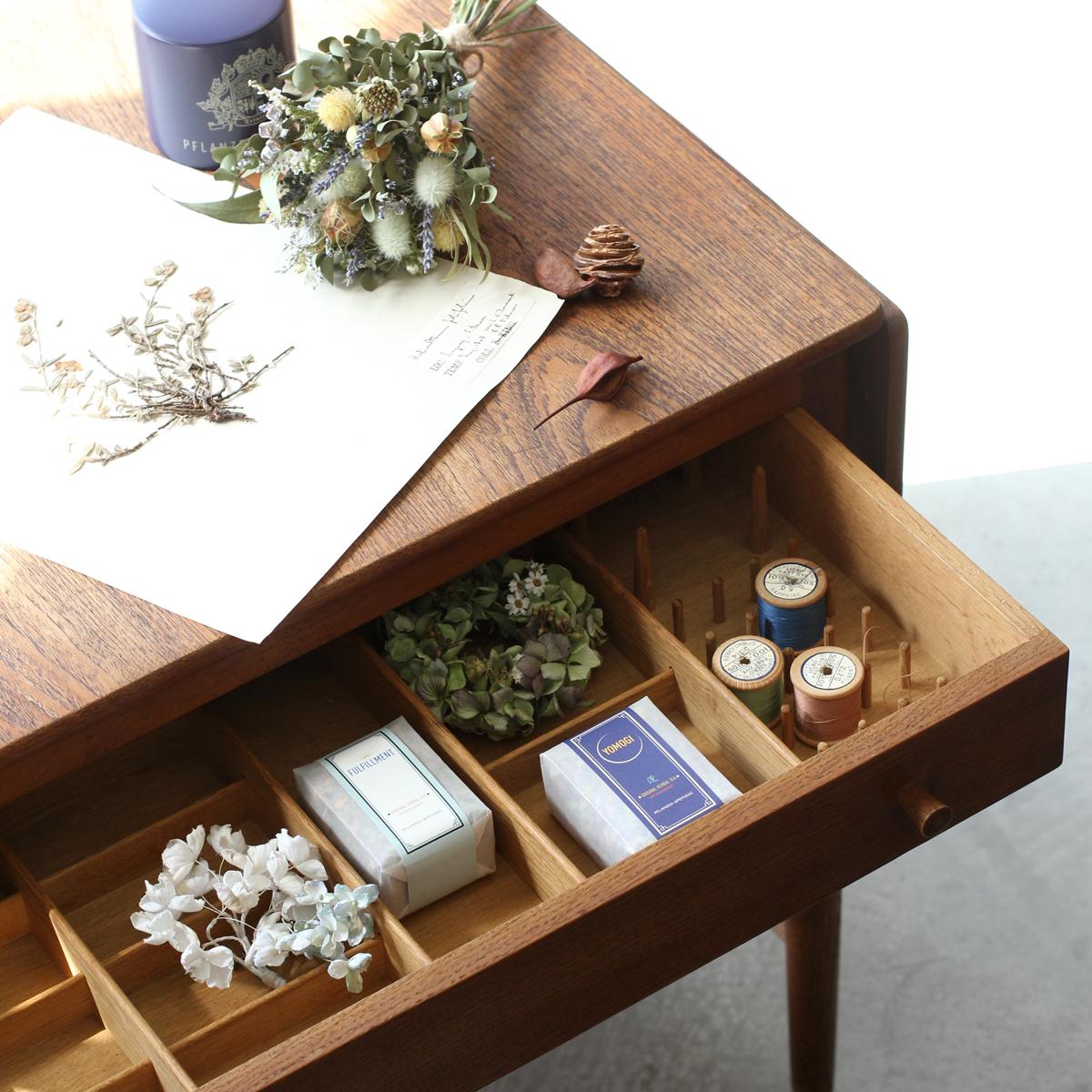 アンティーク ソーイング テーブル