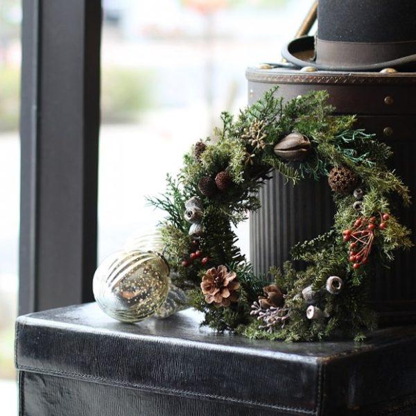 プリザーブドフラワーのクリスマスリースが入荷しました