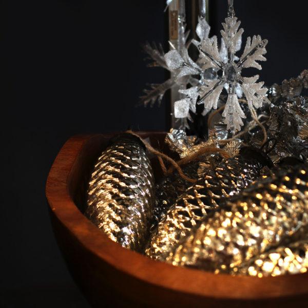 クリスマスを彩る準備<br>飾りとワークショップ